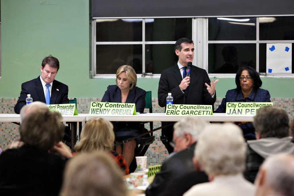 Councilman Eric Garcetti answers questions at the Sherman Oaks Homeowners Association mayoral debate.