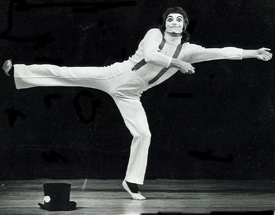 Don McLeod performing mime.