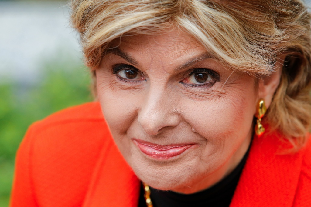 Gloria Allred has no problem with her daughter advising