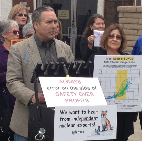 Ray Lutz with Citizens' Oversight, at a news conference on March 25, prior to the first meeting of the Southern California Edison Citizens Engagement Panel to discuss the decommissioning of the San Onofre nuclear power plant.