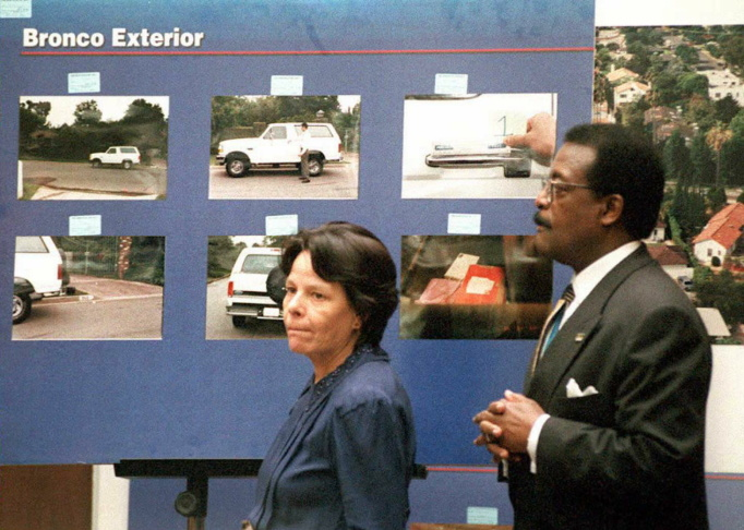 Rosa Lopez(L), a key defense witness in the O.J. S