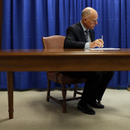 Governor Brown Signs California Homeowner Bill Of Rights