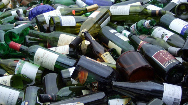 In California, beer bottles do carry a deposit, but liquor and wine bottles don't.