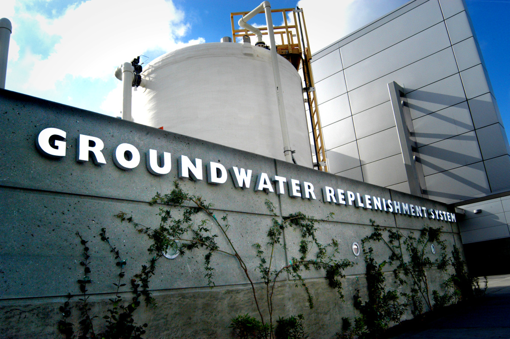 The Orange County Water District's Groundwater Replenishment System in Fountain Valley takes treated sewage wastewater from the sanitation plant next door and purifies it into 70 million gallons of drinking water a day. The water is piped to a recharge basin in Anaheim where it percolates into a 350 square mile aquifer.