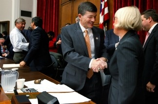 Joint Select Committee on Deficit Reduction Co-Chairs U.S. Rep. Jeb Hensarling (R-TX) (2nd R) and U.S. Sen. Patty Murray (D-WA) (R) shake hands after the committee's first hearing September 8, 2011 in Washington, D.C.