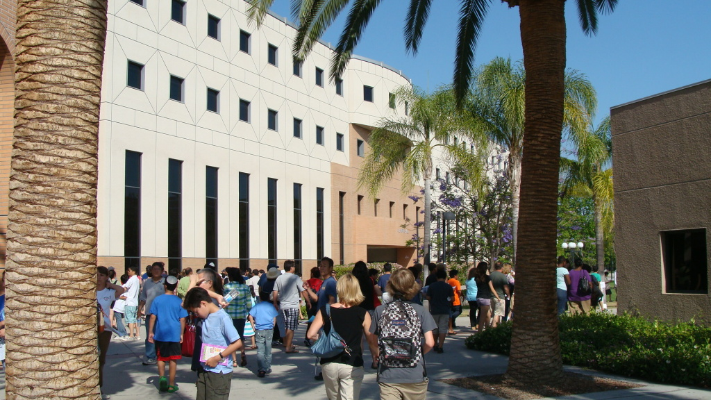 Students walk around Cal State Northridge.