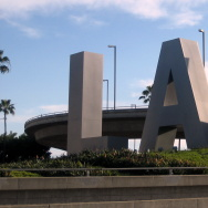 lax airport los angeles sign