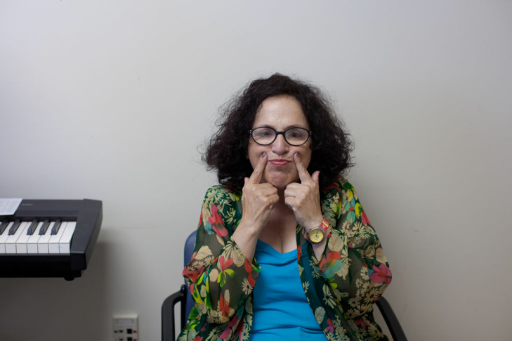 Carol Ann Susi, who plays Mrs. Wolowitz on the CBS sitcom The Big Bang Theory, visits Cedars-Sinai's Outpatient Voice Program for her weekly voice therapy sessions.