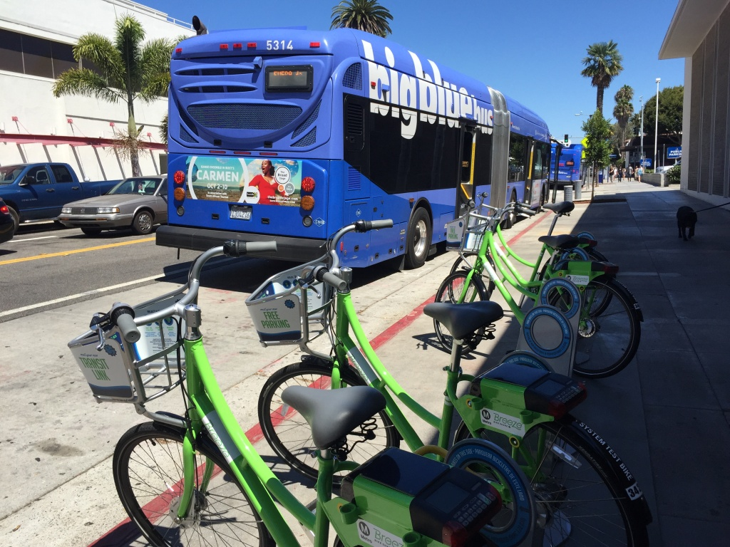A Santa Monica Breeze bike-share station at Arizona Avenue and 4th Street near the Third Street Promenade.