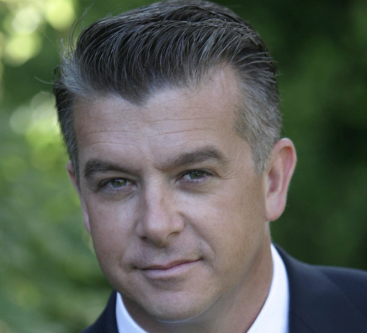Former Marine and LAPD officer Rafael Dagnesses is the second Republican to announce a 2014 against Democrat and first-term Congresswoman Julia Brownley.