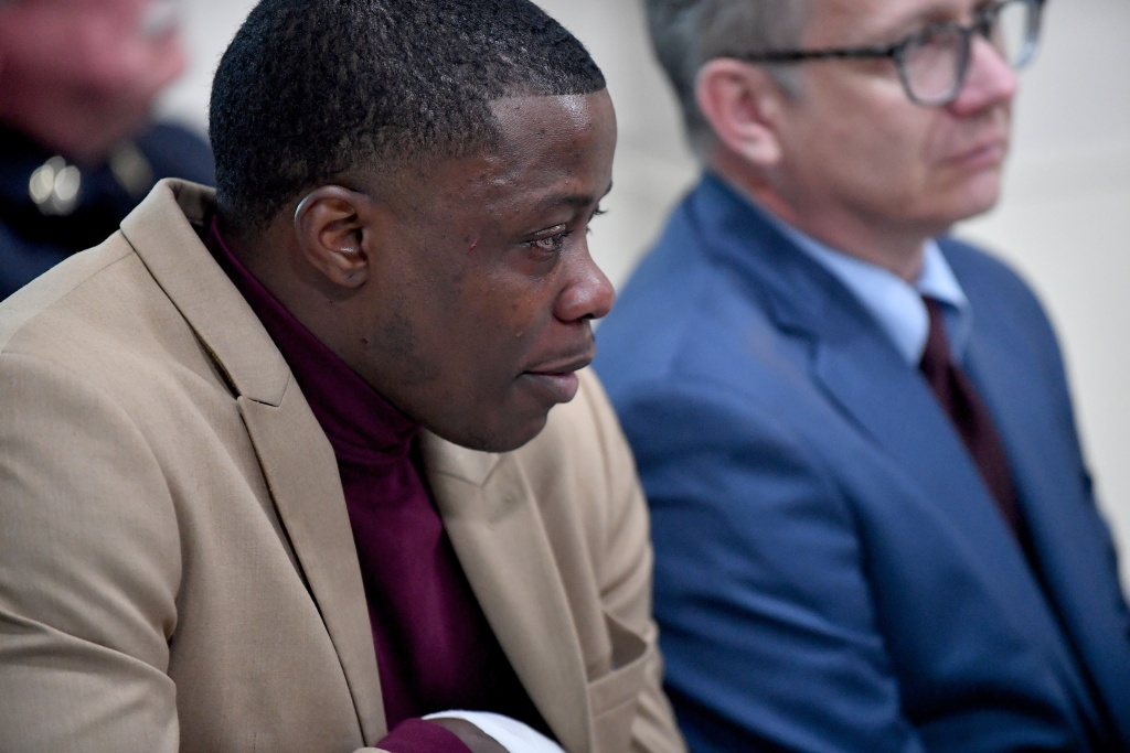 Waffle House patron James Shaw, Jr., who wrestled the AR-15 away from the gunman, discusses the shooting at a Waffle House in Nashville, Tennessee on April 22, 2018.