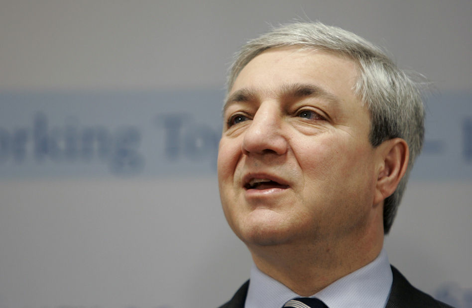 Former Penn State University president Graham Spanier speaks during a news conference.