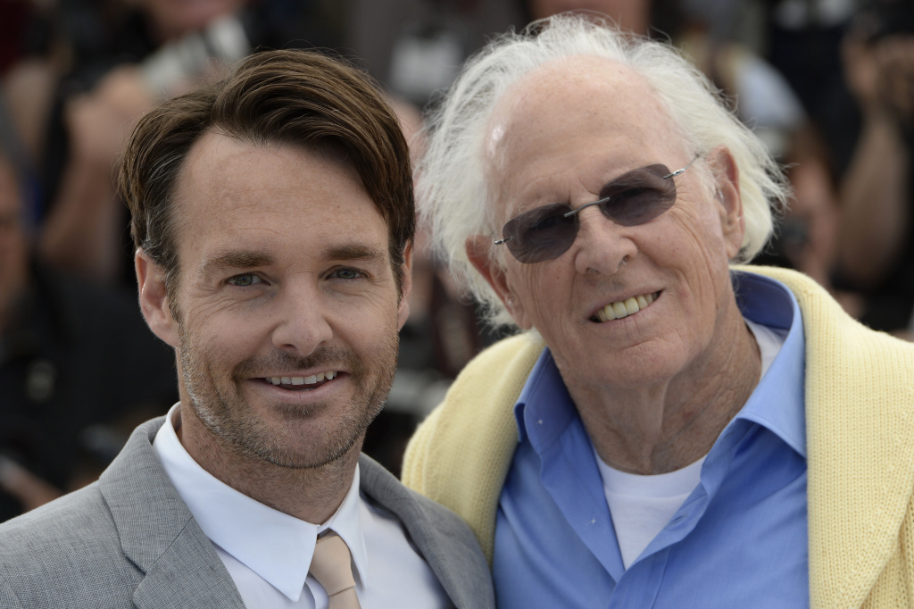 Will Forte (L) and Bruce Dern pose on May 23, 2013 during a photocall for the film 'Nebraska' presented in Competition at the 66th edition of the Cannes Film Festival in Cannes.