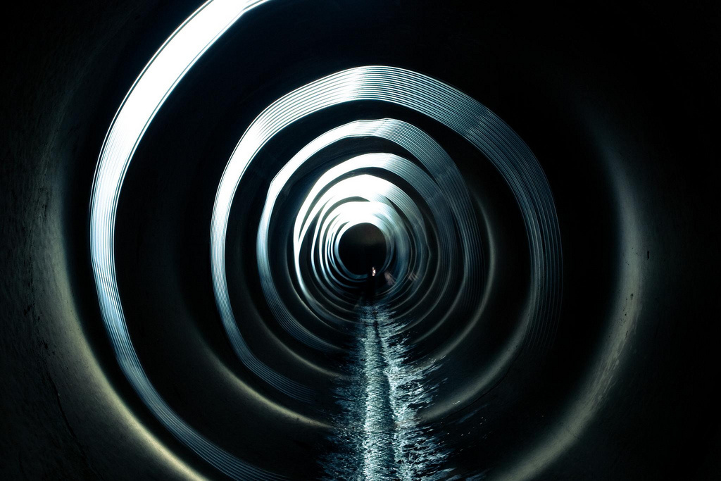 File: Inside a French sewer.