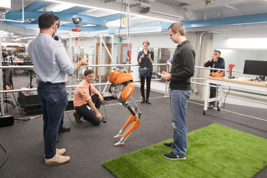 KPCC meets Cassie at Caltech's Center for Autonomous Systems and Technologies (CAST) advanced mobility lab.