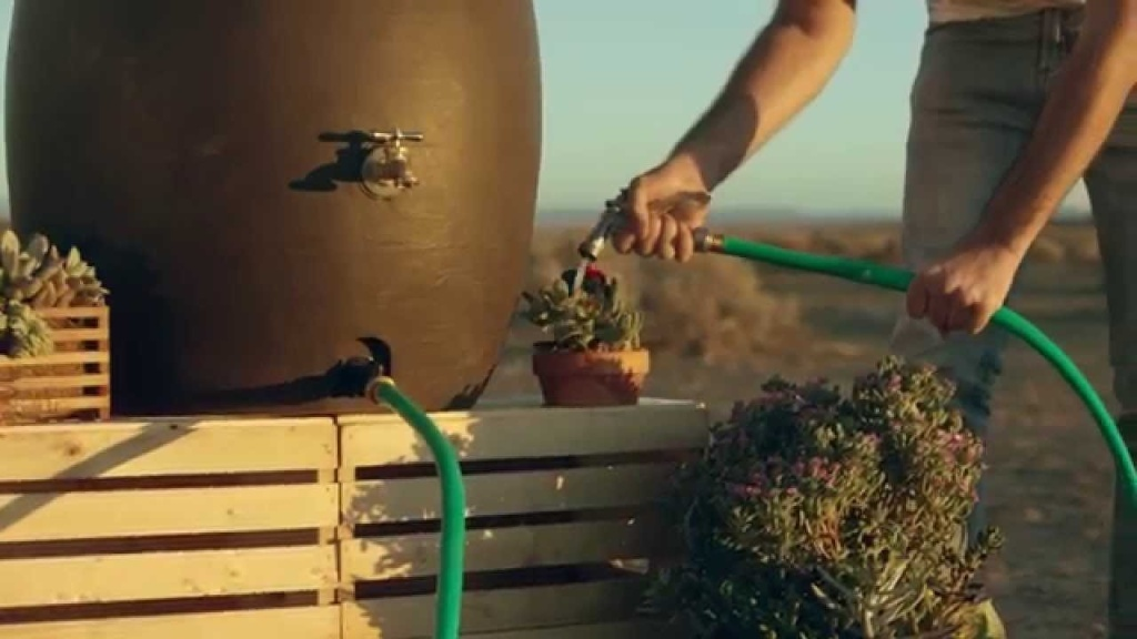 A humorous video encouraging Angelenos to conserve water.