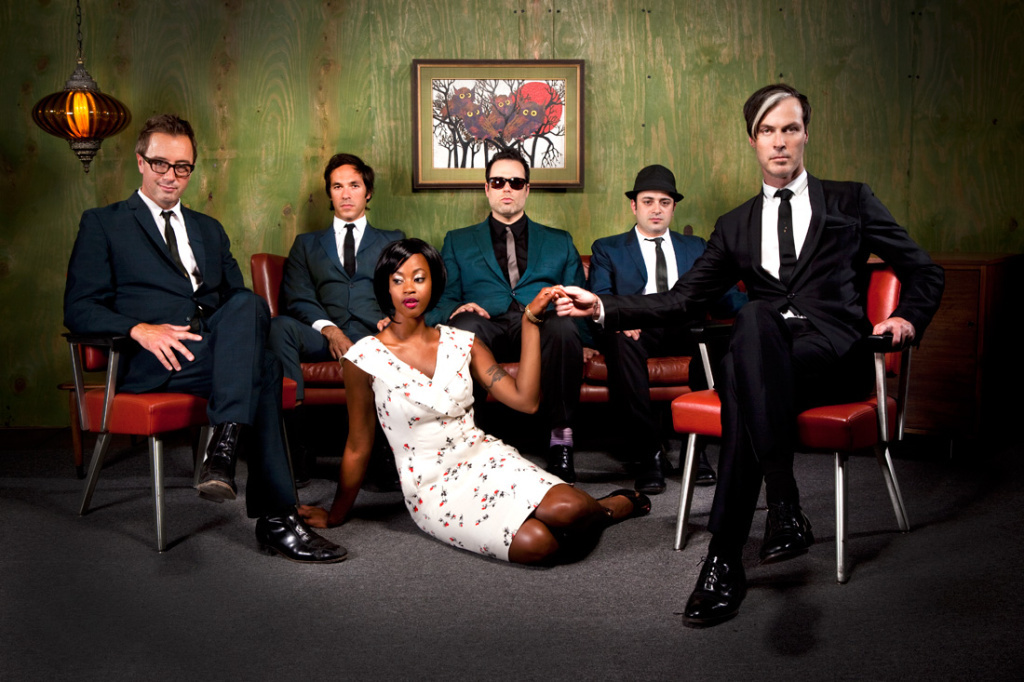 Promotional image of Fitz and the Tantrums.