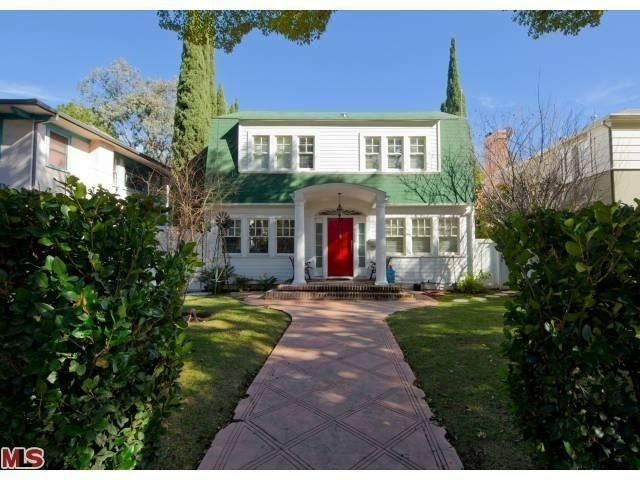 'A Nightmare on Elm Street' house sells in Hollywood for $2.1 million.