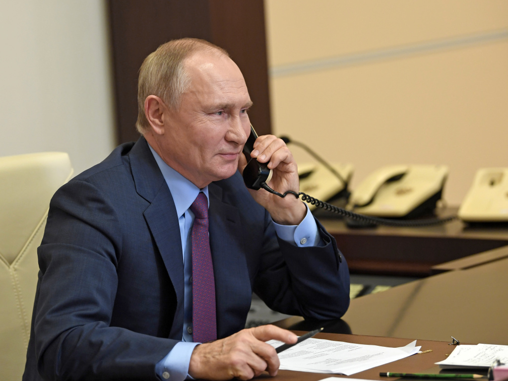 Russian President Vladimir Putin and President Biden spoke on the phone Tuesday, discussing several tense issues facing the two countries.