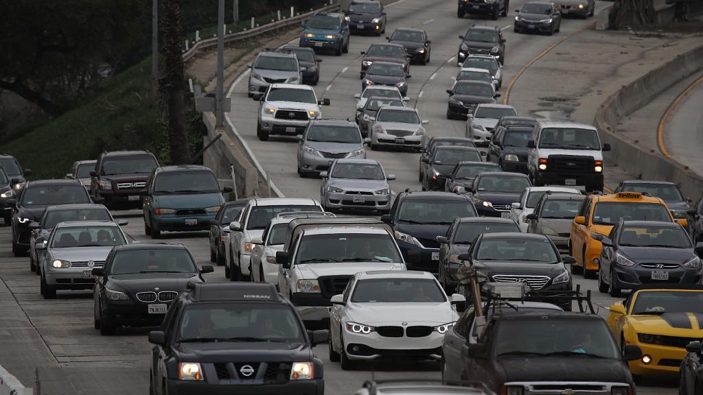 Cars on Highway 101 in Los Angeles.