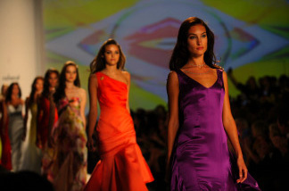 Models wear creations by designer Pamella Rowland during the Spring/Summer 2010 collections Mercedes-Benz Fashion Week on September 15, 2009 in New York. AFP PHOTO/Emmanuel Dunand (Photo credit should read EMMANUEL DUNAND/AFP/Getty Images)