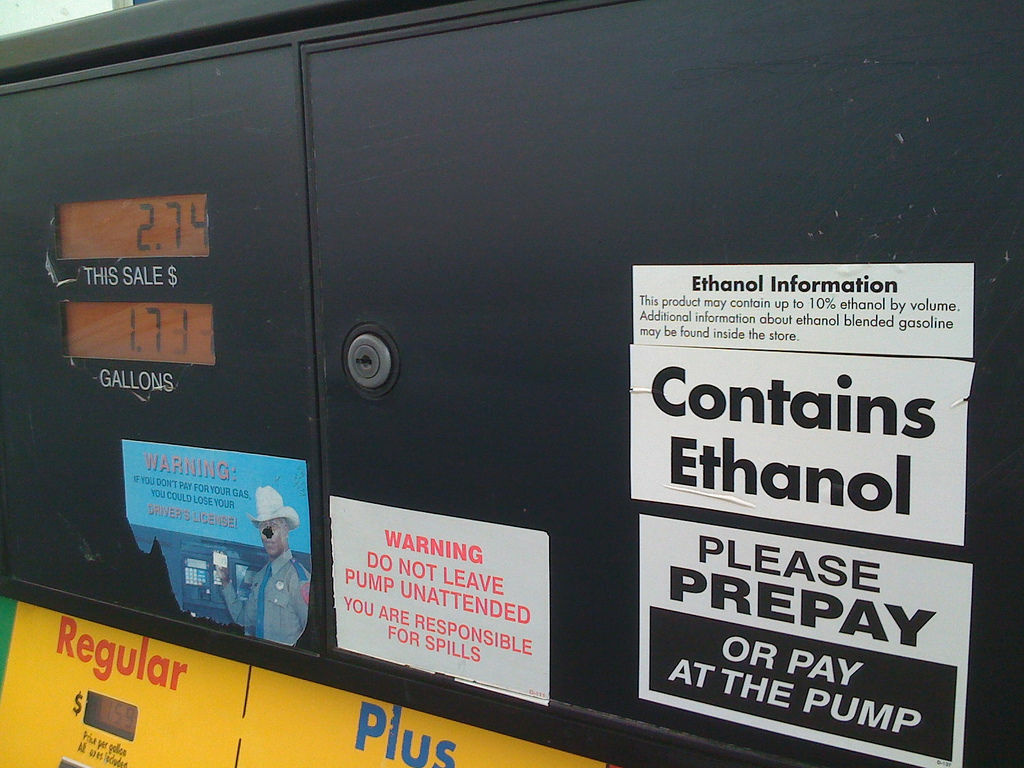 According to researchers, the amount of calories contained in the ethanol of your gas tank is enough to feed 22 people.