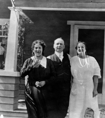 Mrs. Walburga Oesterreich (LEFT) at a party at her home in Silver Lake on the afternoon of August 22, 1922. That night her husband, Fred Oesterreich, was slain. Note, photo includes editor's marks.