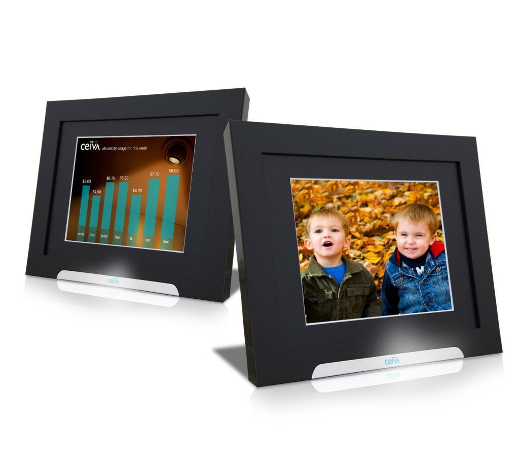 Digital photo frames given out by Glendale Water and Power will alternate homeowners' personal photos with real time information on electricity and water consumption.