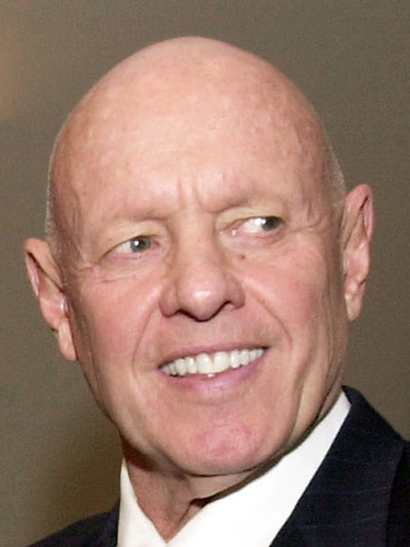 Stephen R. Covey, the motivational speaker best known for the book The Seven Habits of Highly Effective People, died Monday, July 16, 2012 in Idaho three months after a serious bicycle accident in Utah. He was 79.