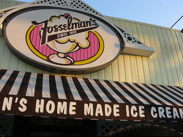 This southern California favorite has been crafting delicious ice cream treats since 1919. You can visit their retail store at 1824 W. Main St. in Alhambra.