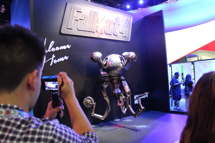 Stormtroopers take pictures with E3 to promote