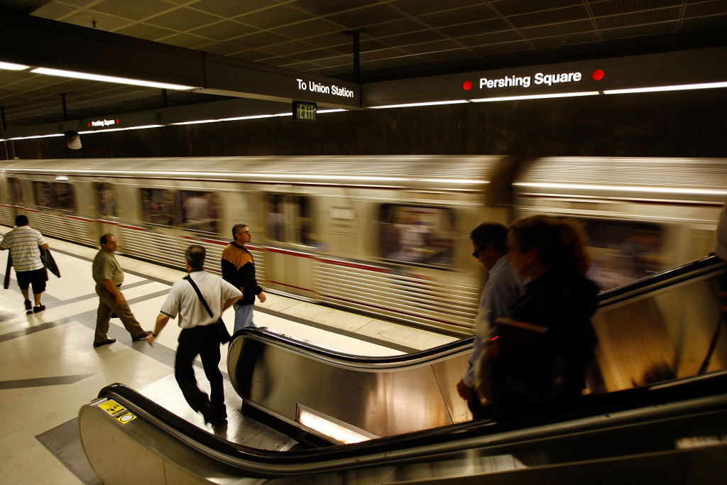 Passengers board Metrolink subway trains during rush hour on June 3, 2008 in Los Angeles, California.