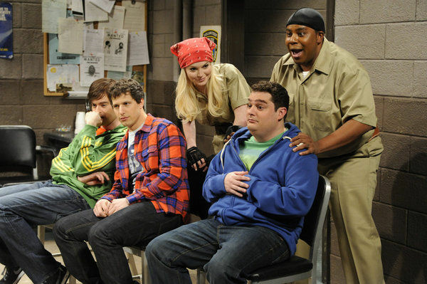 SATURDAY NIGHT LIVE -- Episode 1614 -- Pictured: (l-r) Bill Hader, Andy Samberg, Lindsay Lohan, Bobby Moynihan, Kenan Thompson