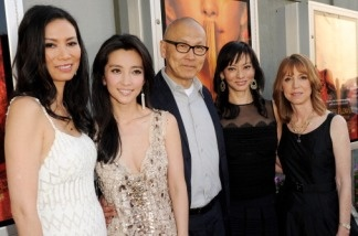 Author Lisa See (far right) with (L-R) Producer Wendi Murdoch, actress Li Bingbing, director Wayne Wang, and producer Florence Sloan, at a screening of Fox Searchlights'