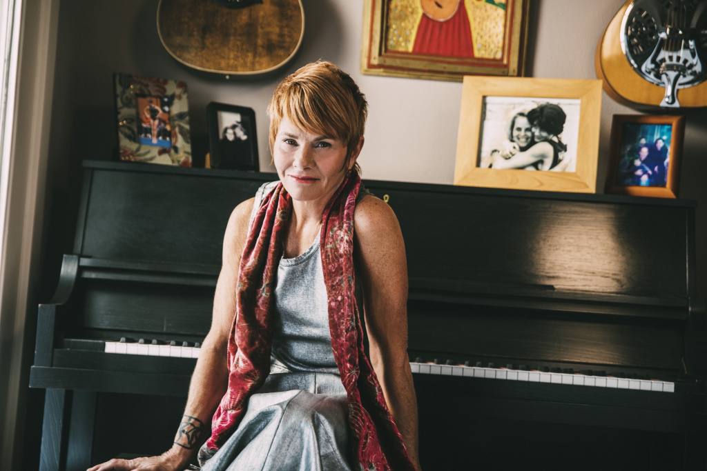 Singer/songwriter Shawn Colvin.
