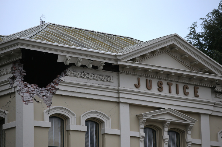 NAPA, CA - AUGUST 24:  A section of the Napa County Court house is seen damaged following a reported 6.0 earthquake on August 24, 2014 in Napa, California.  A 6.0 earthquake rocked the San Francisco Bay Area shortly after 3:00 am on Sunday morning causing damage to buildings and sending at least 70 people to a hospital with non-life threatening injuries.  (Photo by Justin Sullivan/Getty Images)