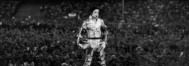 Michael Jackson arrives on stage during his 'HiStory' concert tour held in New York in 1997