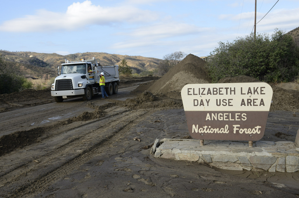 Mud-covered LA County roads reopened ahead of schedule