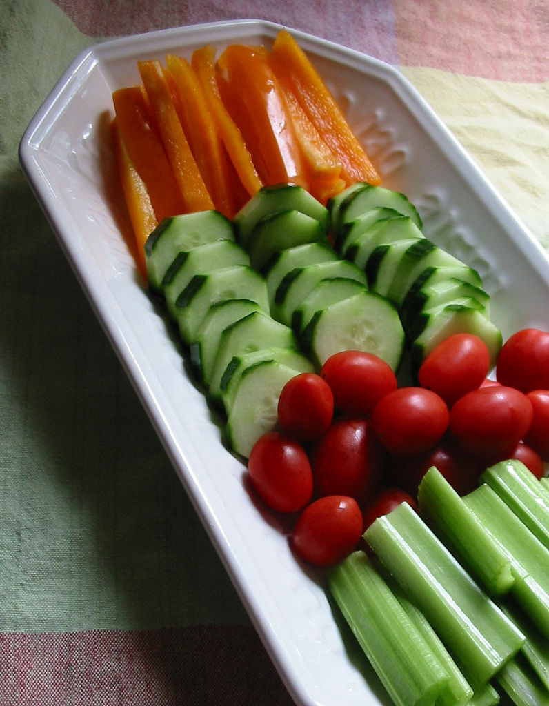 There's new evidence that kids can reduce calories and feel full by snacking on veggies and cheese instead of chips.