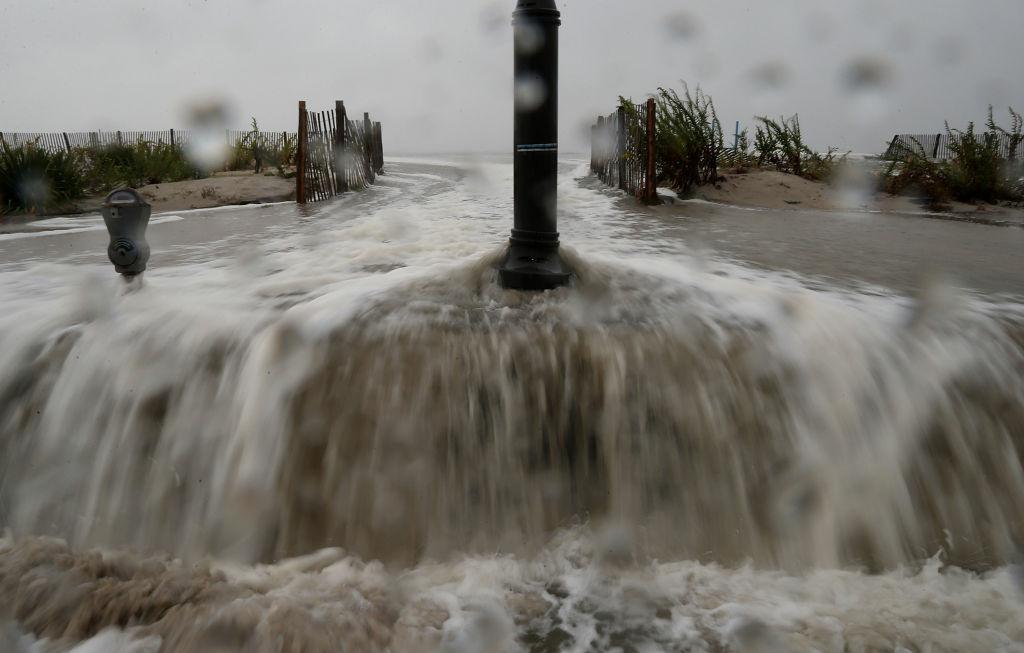 Hurricane Sandy: Latest news as the worst begins to be felt