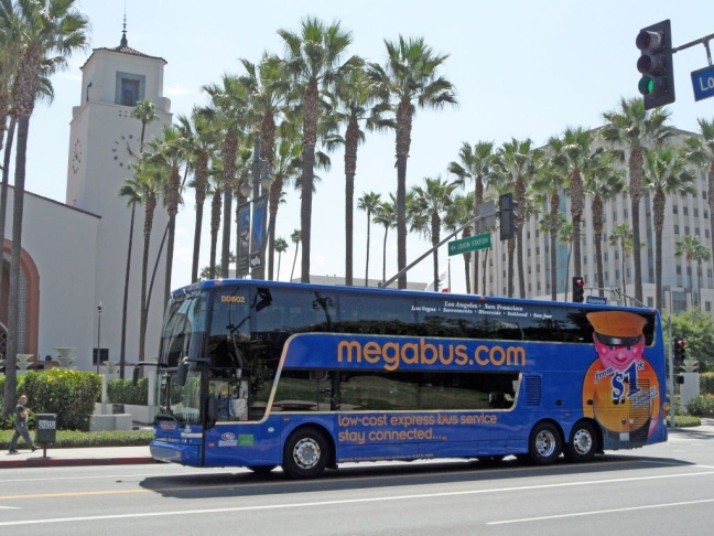 megabus returns to los angeles