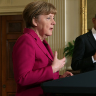 German Chancellor Angela Merkel (L) and U.S. President Barack Obama hold a joint news conference in the East Room after meetings about the situation in Ukraine and other topics at the White House February 9, 2015 in Washington, DC. Merkel, French President Francois Hollande and Ukrainian President Petro Poroshenko are due to meet with Russian President Vladimir Putin on Wednesday in Belarus to continue talks aimed at de-escalating the war in Ukraine.