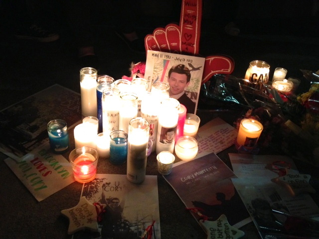 Fans of the hit TV show Glee remember one of its stars, Cory Monteith across the street from Paramount Studios in Hollywood.
