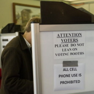 US-VOTE-2012-EARLY