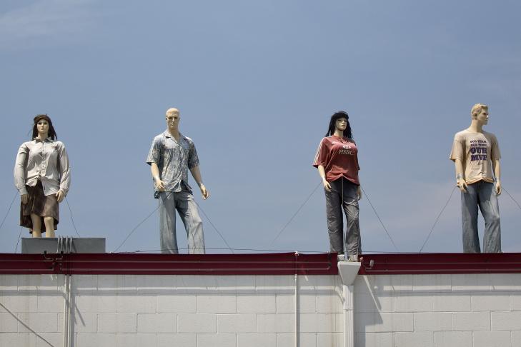 Road Mannequins - 7