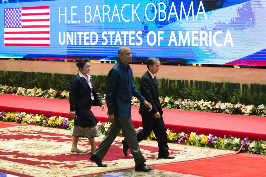 US President Barack Obama arrives to attend the gala dinner during the second day of the Association of Southeast Asian Nations (ASEAN) Summit in Vientiane on September 7, 2016.
