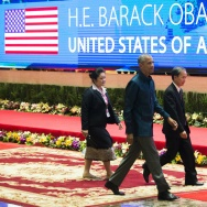 US President Barack Obama arrives to attend the gala dinner during the second day of the Association of Southeast Asian Nations (ASEAN) Summit in Vientiane on September 7, 2016.    (Photo credit should read YE AUNG THU/AFP/Getty Images)
