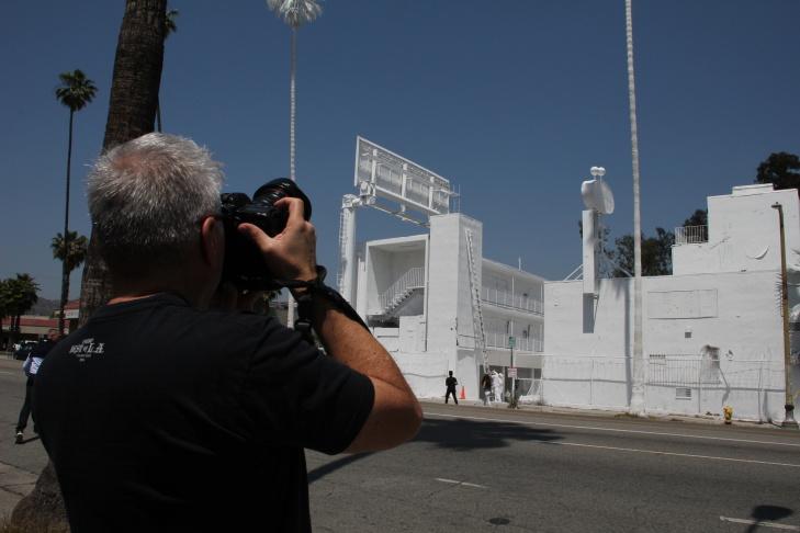Vincent Lamouroux's 'Projection' at 4301 Sunset Blvd.
