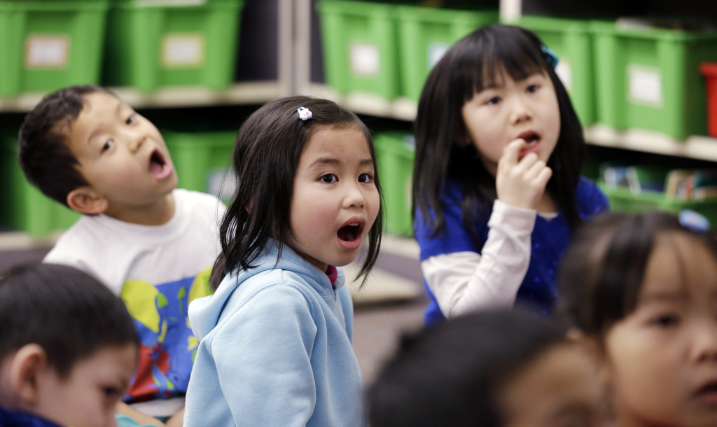 OC school district to offer Calif 's 1st Vietnamese-English