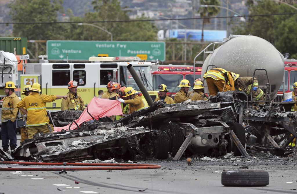 Big rigs, big risks: As SoCal economy improves, truck traffic is rising and so are crashes